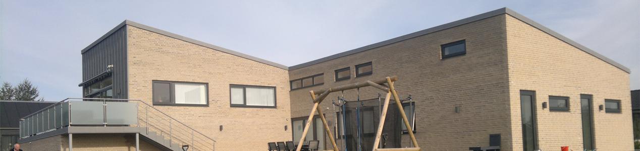 Nyt moderne hus i Harlev